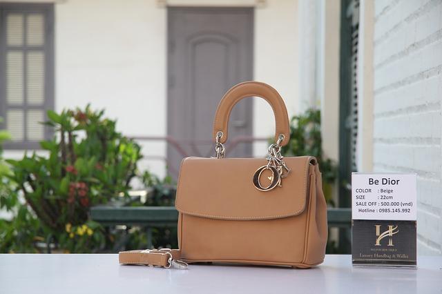 Luxury handbag brands list- getmebag.com